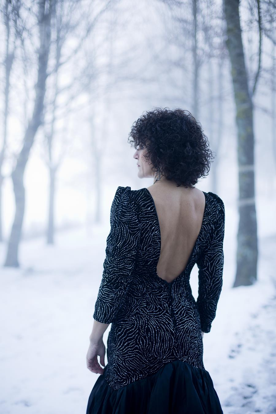 Rebeca Valdivia, personal shopper, estilista, stilist, asesora de imagen, vintage, look fiesta, brilli brilli, lentejuelas, pailletes, look navideño, look fin de año, noche vieja, paillete shirt, velvet blazer, velvet dress, snow, nieve, Tull