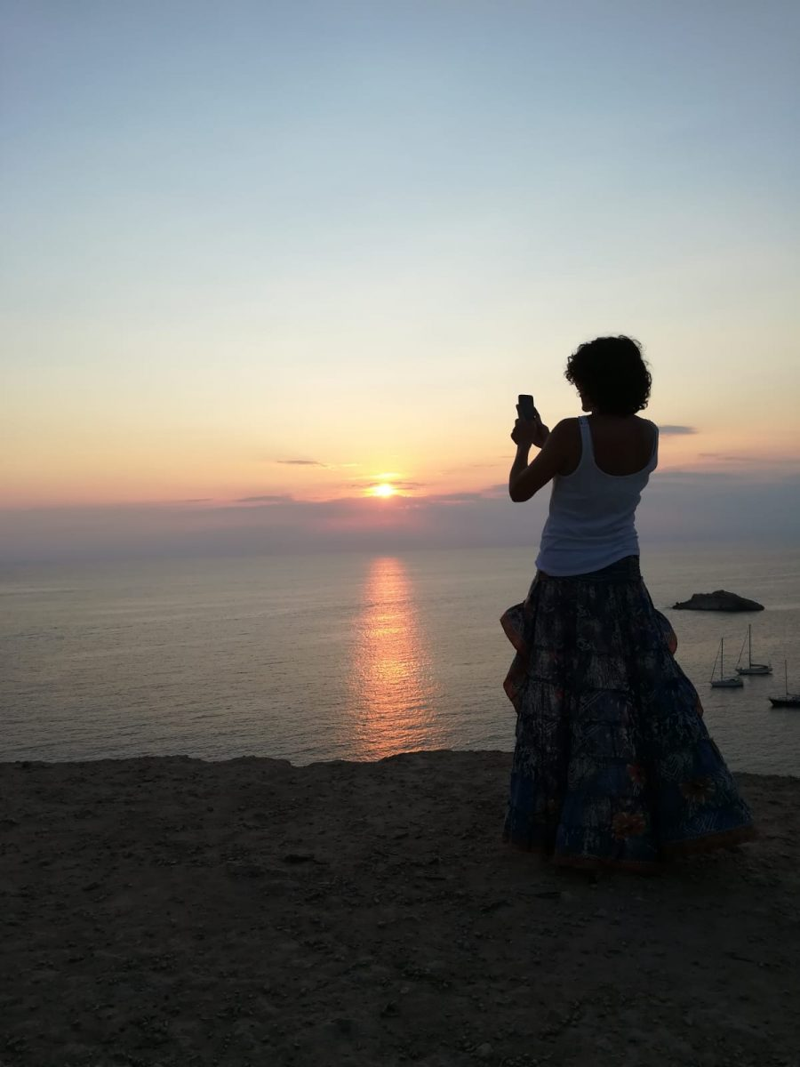 Rebeca Valdivia, asesora de imagen, personal shopper, estilista, stilist, influencer, la blogger indie, Donostia, San Sebastián, Miss Clov, travel, viajes, Ibiza, puesta de sol, sunset, cala d,hort