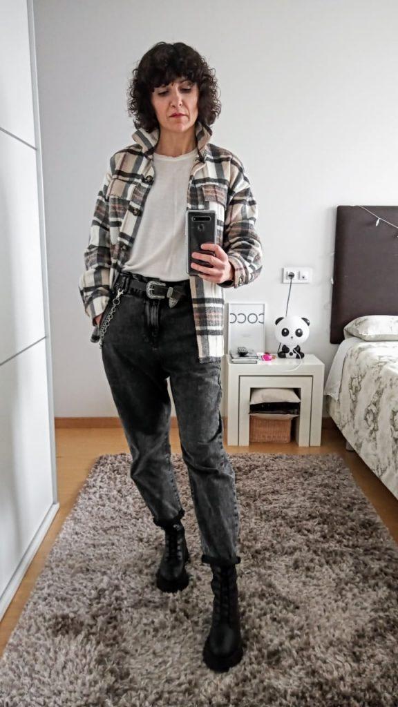 Rebeca Valdivia, asesora de imagen, personal shopper, influencer, Donostia, San Sebastián, Lasarte, Miss Clov, marca, patente, la blogger indie, baggy, slouchy jeans, pantalón, vaquero, denim, sobre camisa, tracks, trendy, tendencia,
