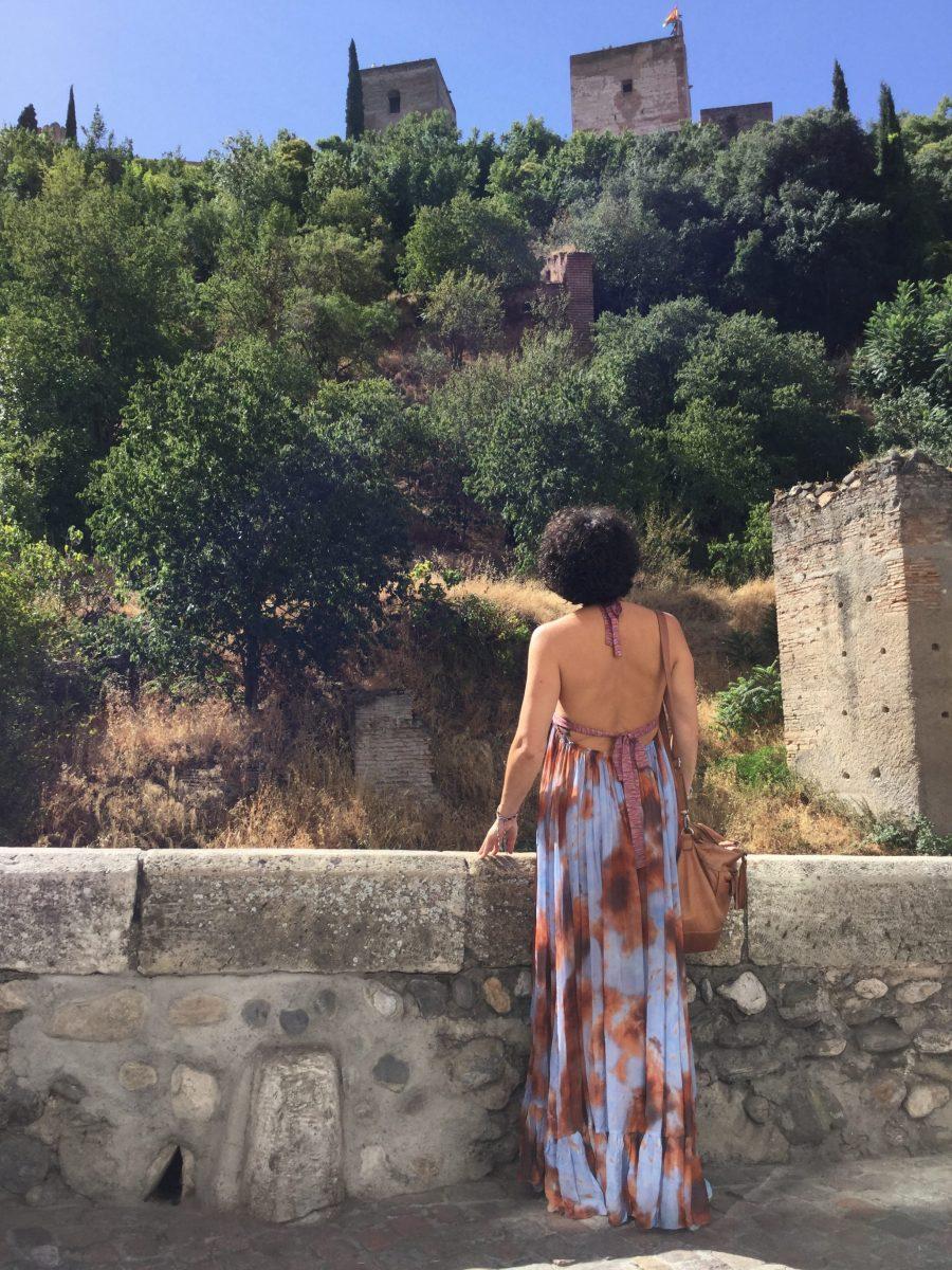 alhambra, paseo de los tristes, paseo del darro, granada, travel, holidays, summer, vacaciones, maxi dres, maxi vestido, desteñido, tye die, espadrilles, alpargatas, artesanas, madehand, ecologico, made in spain