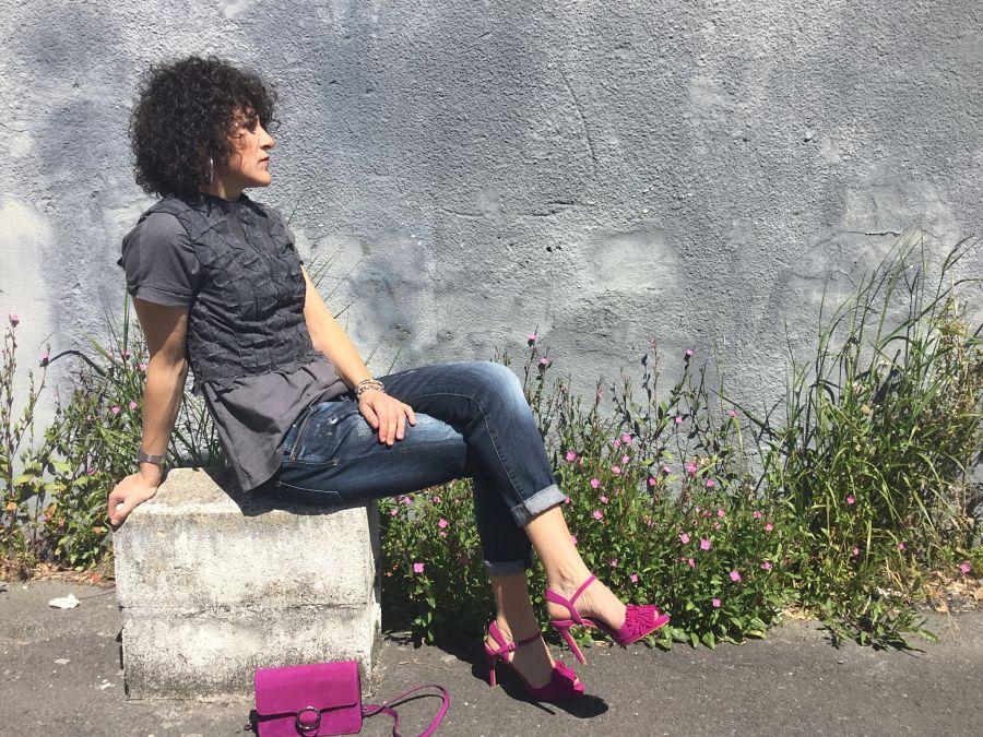 Rebeca Valdivia, personal shopper, Donostia, San Sebastián, Miss Clov, boybriend jeans, sandalis tacón, boho, flecos, frills sandals, top Kilate, origami, papiroflexia, bolso bandolera, bag, white blazer, americana blanca, curls, rizos, curlpower