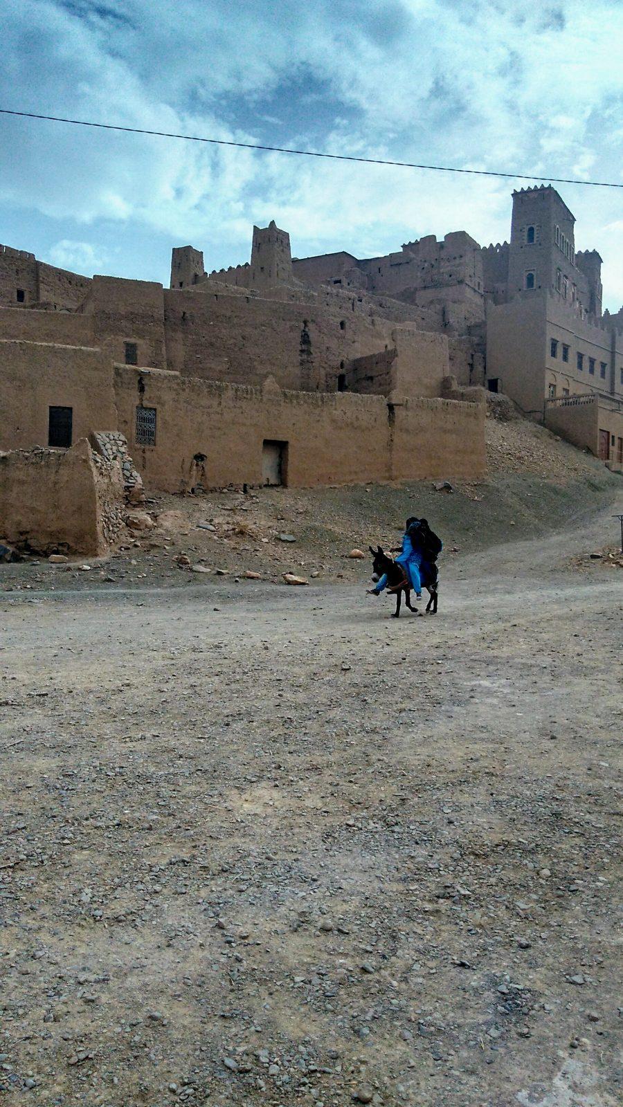 Miss Clov, Rebeca Valdivia, personal shopper, travel, trip, Moroco, Sahara, Atlas, Marrueco, desierto del Sahara, desert, Zagora