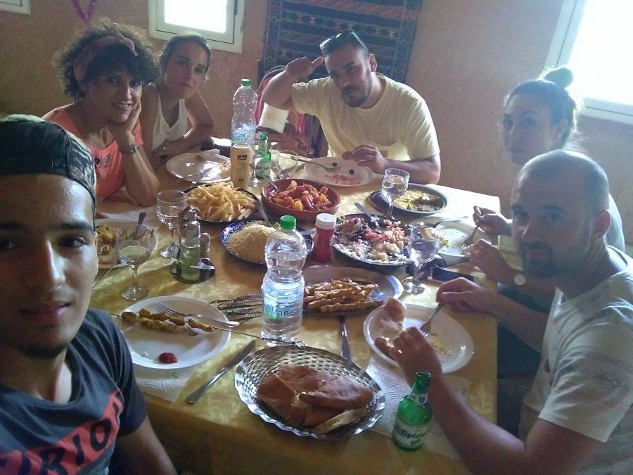 Miss Clov, Rebeca Valdivia, personal shopper, travel, trip, Moroco, Sahara, Atlas, Marrueco, desierto del Sahara, desert, travel, summer, familia hispano-bereber