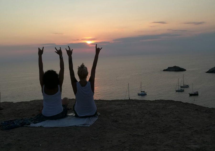 Rebeca Valdivia, asesora de imagen, personal shopper, estilista, stilist, influencer, la blogger indie, Donostia, San Sebastián, Miss Clov, travel, viajes, Ibiza, puesta de sol, sunset, cala d,hort, Es Vedrá