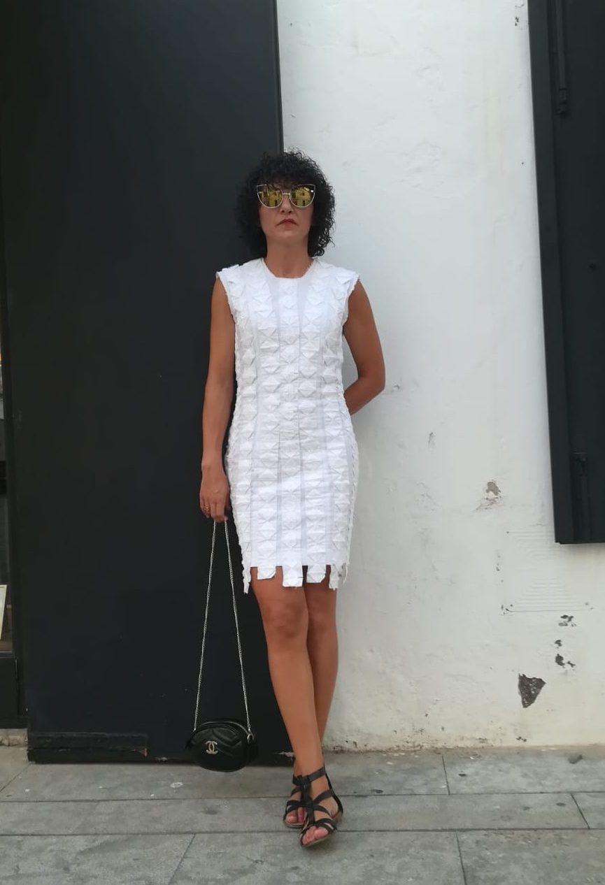 Rebeca Valdivia, asesora de imagen, personal shopper, estilista, stilist, influencer, la blogger indie, Donostia, San Sebastián, Miss Clov, travel, viajes, Ibiza, summer, holidays, friends, origami, dress, Chanel Bag, riñonera