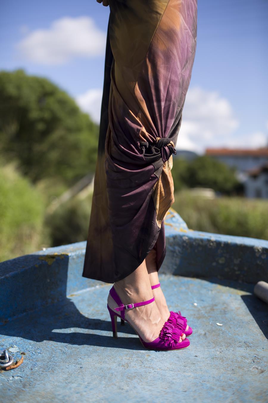 Rebeca Valdivia, asesora de imagen, personal shopper, estilista, stilist, influencer, la blogger indie, Donostia, San Sebastián, Miss Clov, maxi dress, vestido largo, tie dye, afro, turbante, sandalias de tacón, heels, sandals, maxi earings, maxi vestido, mini bag, bolso bandolera, clutch, la blogger indie, influencer