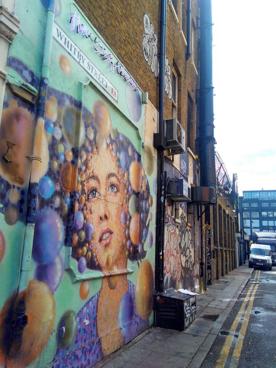 Rebeca Valdivia, asesora de imagen, personal shopper, Miss Clov, la blogger indie, Londres, London, viajes, travel, summer, Brick lane, graffiti