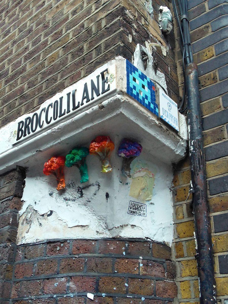 Rebeca Valdivia, asesora de imagen, personal shopper, Miss Clov, la blogger indie, Londres, London, viajes, travel, summer, Brick lane, graffiti, arte urbano, Broccoli lane